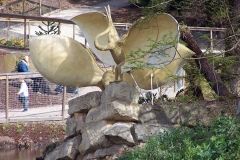 Pterodactyl (Oolite) statues, restored 2000, damaged after 2005, Crystal Palace Dinosaurs   ProfJoeCain